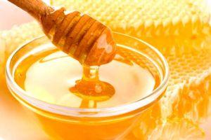 Masque au miel pour la brillance des cheveux